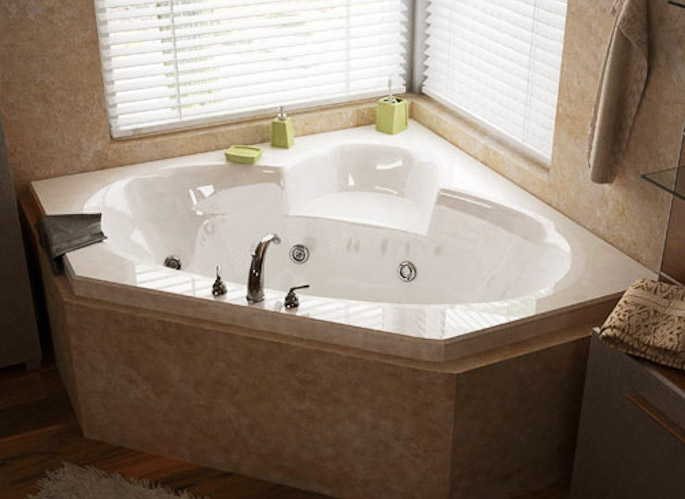 Jacuzzi Tub Bathroom Cleaning